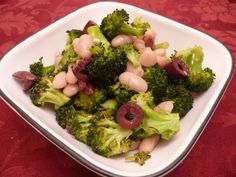 Lunches are often bean salads with leftover roasted veggies. I love to pair Cannellini beans with roasted broccoli, some Kalamata olives and fresh herbs. It's an easy make-ahead lunch, and the fiber keeps me satisfied through the afternoon