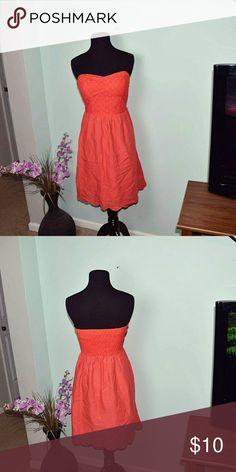 Super Cute Orange Burst Strapless Dress In excellent condition. Super cute and soft Dresses Midi