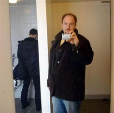 Bathroom Selfies Are Epic #Fail #Funny