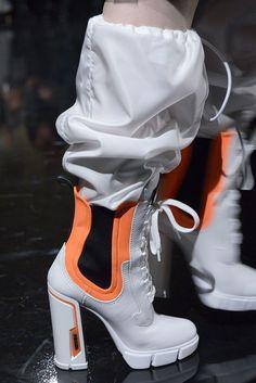 The best shoes of Milan Fashion Week Autumn 2018 - Cec .- Die besten Schuhe der Mailänder Modewoche Herbst 2018 – Cecilie Vestergaard – … The best shoes of Milan Fashion Week Autumn 2018 – Cecilie Vestergaard – the - Milan Fashion Week 2018, Autumn Fashion 2018, Cute Shoes, Me Too Shoes, Shoe Boots, Shoes Heels, Flat Boots, High Boots, Ankle Boots
