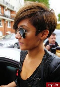 Today we have the most stylish 86 Cute Short Pixie Haircuts. We claim that you have never seen such elegant and eye-catching short hairstyles before. Pixie haircut, of course, offers a lot of options for the hair of the ladies'… Continue Reading → Short Hairstyles For Thick Hair, Haircut For Thick Hair, Short Pixie Haircuts, Pixie Hairstyles, Trendy Hairstyles, Short Hair Cuts, Curly Hair Styles, 2015 Hairstyles, Popular Short Hairstyles