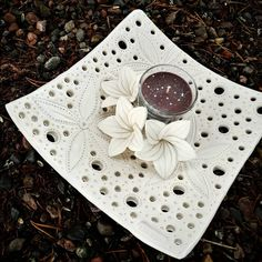 I had to do one more Can also be used as a fruit dish #kiuaskukka #ceramics #keramik #керамика #陶器 #keramiikka #handmade #kodinsisustus #flowerstagram #ceramicdesign #pottery #sariske #savipaja #madeinfinland #scandinaviandesign #artsy #instapottery #potsinaction #handmadeceramics #potters #studiopottery #inspiroivakoti #natureinspired #suomalaistakeramiikkaa #claylovers #naturelovers #ceramicart #kiuaskukkasia #ystävälle #ceramicstudio