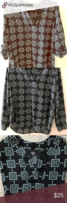 Ann Taylor Blouse, Long Sleeve & 1/2 Sleeve Option Beautiful navy patterned top that allows for long sleeve or half sleeve option. Back is slightly longer than front. V-neck Ann Taylor Tops Blouses