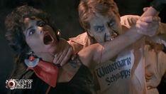 #HorrorMovies Blood Diner. 1987. Iniciados por un difunto tío en el culto a la sanguinaria diosa Sheetar, George y Michael han convertido a una antigua y acreditada fonda vegetariana en algo escalofriantemente distinto...