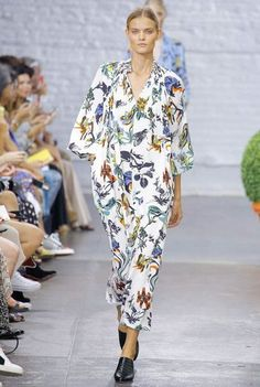 Tibi Spring/Summer 2017 Ready-To-Wear Collection | British Vogue