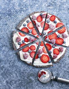 pizzakladdkaka2747 Dom, Amelia, Tart, Cheesecake, Pizza, Sweets, Fruit, Glass, Dessert