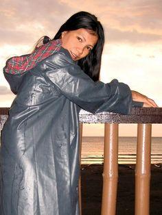 KLEPPERMODE Asian Woman, Asian Girl, Rubber Raincoats, Rain Hat, Bad Person, Wet Dreams, Pvc Vinyl, Raincoats For Women, Rainy Days