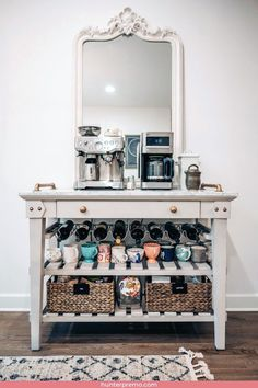 The best ways to build your own Coffee Counter at Work Home Decor Kitchen, New Kitchen, Home Kitchens, Coffee Bar Home, Home Coffee Stations, Coffee Bar Station, Coffe Bar, Coffee Counter, Coffee Room