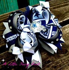 "5"" Boutique stacked Dallas Cowboys bow"