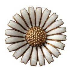 Georg Jensen DAISY Pin/Brooch Gil S/S White Enamel Petals