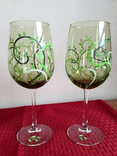 Springtime is worth celebrating! Wine glasses with swirls and greens!