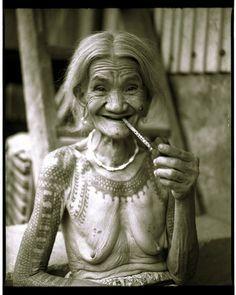 Old Kalinga woman with tattoo