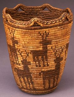centuriespast:  unknown Klickitat artist (Klickitat), Basket, ca. 1870/1880, cedar root, beargrass, and dyed beargrass Portland Art Museum