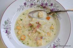 Supa de gulii cu afumatura Savori Urbane (1) Romanian Food, Romanian Recipes, Cheeseburger Chowder, Frugal, Bacon, Urban, Soups, Bon Appetit, Kitchens