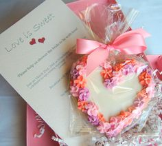 Lovely Cookie Creatives by Jennifer in our clear cello bags. http://www.nashvillewraps.com/cello-bags/mc-019.html