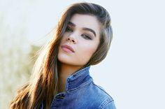 'Pitch Perfect' Star Hailee Steinfeld on Her Debut Album and Starring in 'Bad Blood' | Billboard