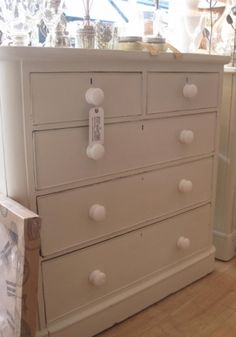Petit chest of drawers - Farrow & Ball Clunch//sold image 1