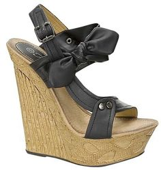 These bow wedges are the perfect addition to all of your summer and dressy clothes! Would match GREAT with our Little Black Dress. Wedge Sandals, Wedge Shoes, Shoe Wedges, My Style Bags, Summer Wedges, Walk In My Shoes, Beautiful Shoes, Shoes Heels Boots, Fashion Shoes
