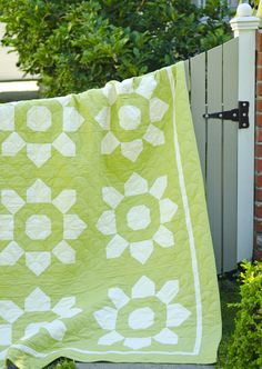 Blossom quilt, simplified with green and white.