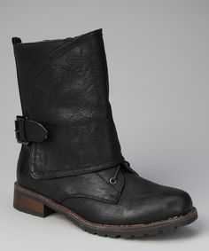 """Black Overlap Pisa 27 Boot by Jacobies Footwear - I read that as """"Jacobites"""" and wondered what this reasonably nice boot had to do with Bonnie Prince Charlie. Bonnie Prince Charlie, Cheap Shopping, Stylish Boots, Cool Boots, Cowgirl Boots, Passion For Fashion, Casual Shoes, Fashion Shoes, Footwear"""