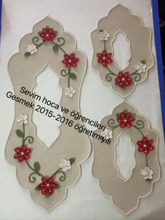 This Pin was discovered by Mel Cd Crafts, Diy And Crafts, Ribbon Embroidery, Embroidery Designs, Punch Needle Patterns, Cut Work, Bargello, Hacks Diy, Felt Flowers