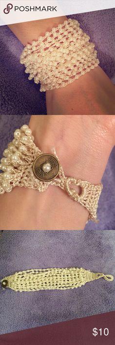 Beaded Bracelet Cream color beaded bracelet Jewelry Bracelets