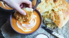 Søtpotetsuppe med ostebrød og stekt camembert – Ida Gran-Jansen