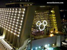 Amazin' Disney Resorts: the Contemporary Resort at Christmas