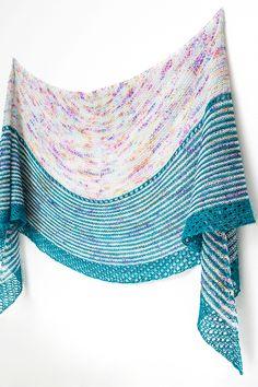 Ravelry: Crescendo shawl in Hedgehog Fibres & Handu - knitting pattern by Janina Kallio.