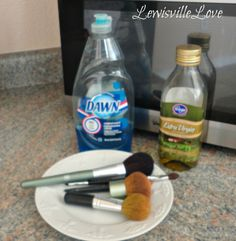 How to Clean Make-up Brushes -  I tested this and it actually WORKED!