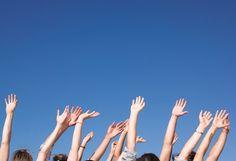 ¿Conoces la Red Social de la aecc? Tenemos una comunidad de más de 10.000 personas solidarias, luchadoras y muy comprometidas. Sus testimonios son historias de lucha, de superación, felices a veces, otras veces no tanto. Historias de personas que necesitan escribir y hablar con otras que les comprenden y ayudan porque se encuentran en la misma situación, que necesitan desahogarse, pedir consejo, ayudar… Tenemos foros de diferentes temas y una sección dedicada a los investigadores.