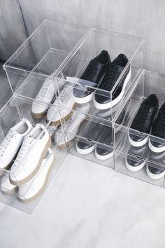 Zukünftige Projekte SPÄNST shoe box IKEA Integrated plastic knobs on the underside ensure that the b Interior Inspiration, Room Inspiration, Armoire Dressing, Shoe Box Storage, Ikea New, Ikea Family, Walk In Closet, Closet Organization, Shoe Rack