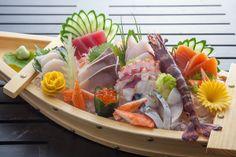 Sashimi at Kan Eang Japanese Food Sushi, Japanese Street Food, Japanese Dishes, Candy Sushi, Sashimi Sushi, Sushi Platter, Sushi Love, Sushi Art, Sushi Recipes