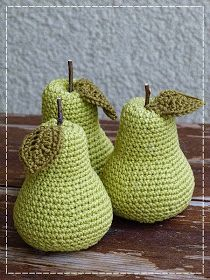 With some embroidery shading. Crochet Fruit, Crochet Food, Easter Crochet, Crochet Motif, Crochet For Kids, Crochet Flowers, Crochet Baby, Knit Crochet, Yarn Crafts