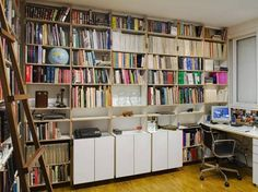 Galeria de 192 prateleiras e estantes para deixar sua casa incrível! - Casa
