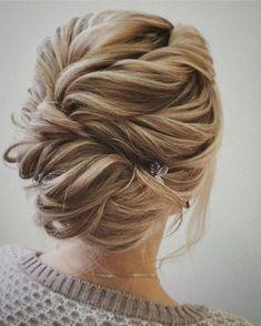 penteados-para-mãe-de-noiva- loiro trançado
