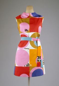 vintage Dress Rudi Gernreich, 1967 The Metropolitan Museum of Art Moda Retro, Moda Vintage, Vintage Mode, Retro Vintage, 60s And 70s Fashion, Mod Fashion, Fashion Mode, Vintage Fashion, Sporty Fashion