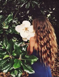 length and curls are on point, just a little more blonde and it would be perfect