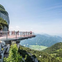 These are the most phenomenal vantage points in Austria for those who are free from giddiness - Urlaub - St Lucia Honeymoon, Hawaii Honeymoon, Romantic Honeymoon, Honeymoon Destinations, Holiday Destinations, Travel Around The World, Around The Worlds, Places In California, Austria Travel