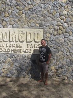 Komodo Tour | Komodo Diving | Kelimutu Tour | Komodo Dragons and Kelimutu Lake Flores Tours