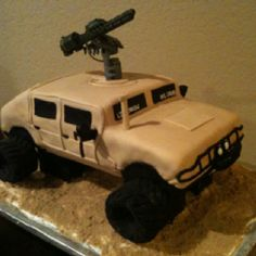 Humvee cake made for a lucky 7yr old!