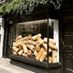 I never tire of clever quirky eye catching VM. Berry Bros & Rudd Ltd. wine merchants established in 1698 Visual Merchandising by London based consultant . Display Shop, Shop Window Displays, Store Displays, Display Design, Store Design, Retail Displays, Display Windows, Shop Front Design, Shop Signage
