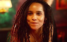 Discovered by Ab. Find images and videos about cute, beautiful and gif on We Heart It - the app to get lost in what you love. Zoe Kravitz Style, Zoe Isabella Kravitz, 90s Inspired Outfits, Lisa Bonet, Natural Afro Hairstyles, Braid Styles, Medium Hair Styles, Dreadlocks, Celebs