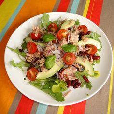 Pour les petites faims , salade d'avocat bien colorée  #IvorianFood , toujours
