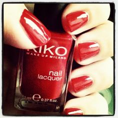 Kiko - 239 Vermilion Red - Nail Polish