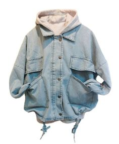 Featuring a washed denim fabric in light blue, press button closure to the front, long sleeves, flap detail to the front, twin oversized patch pockets to the waist, and drawstring hem, a detachable hooded tank, in a casual style.  S  Sleeve: 60cm  Bust: 132cm  Length: 55cm  M  Sleeve:...