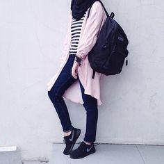 Style Hijab Jeans Sweaters New Ideas Hijab Casual, Hijab Outfit, Hijab Chic, Street Hijab Fashion, Muslim Fashion, Modest Fashion, Trendy Fashion, Fashion Outfits, Trendy Style