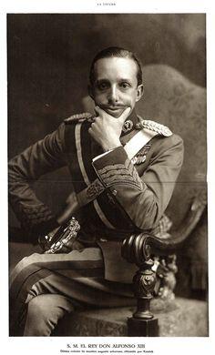 Biografía de Alfonso XIII de España Nubeluz, historia de España