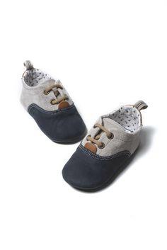 Παπούτσια βάπτισης δερμάτινα της Babywalker για αγόρια, annassecret, Χειροποιητες μπομπονιερες γαμου, Χειροποιητες μπομπονιερες βαπτισης Baby Shoes, Sneakers, Kids, Clothes, Fashion, Tennis, Young Children, Outfits, Moda