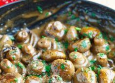 Creamy Garlic & Brie Mushrooms
